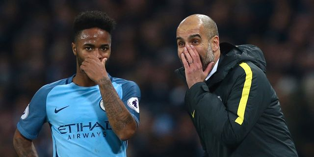 Raheem Sterling och Pep Guardiola, 18 december. Dave Thompson / TT / NTB Scanpix