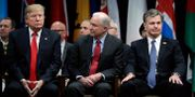 Donald Trump, Jeff Sessions och Christopher Wray. Evan Vucci / TT / NTB Scanpix