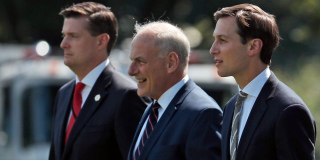 Rob Porter, John Kelly och Jared Kushner.  Alex Brandon / TT / NTB Scanpix