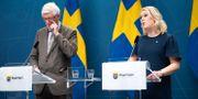 Johan Carlson och Lena Hallengren. Marko Säävälä/TT / TT NYHETSBYRÅN
