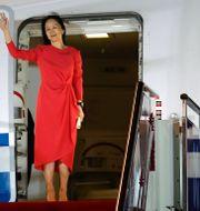 Huaweis finanschef Meng Wanzhou mötte jublande anhängare när hon landade i Shenzhen på lördagen, efter tre års husarrest i Kanada.  Jin Liwang / TT NYHETSBYRÅN