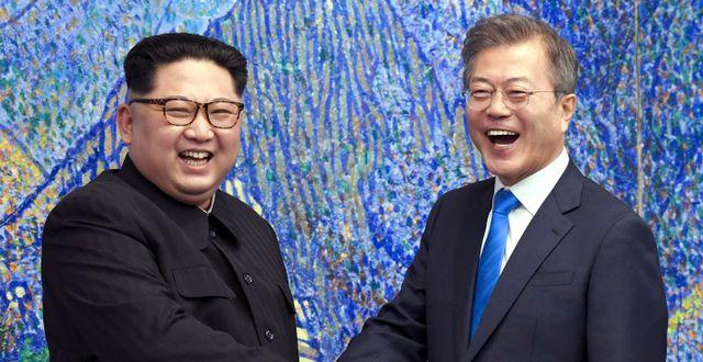 De koreanska ledarna vid ett möte 2018. TT NYHETSBYRÅN