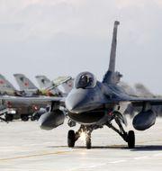 Ett turkiskt F-16 plan. Arkivbild.  UMIT BEKTAS / TT NYHETSBYRÅN