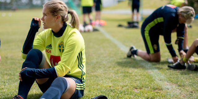Hanna Folkesson då damlandslaget i fotboll tränar på Gothia Park Academy i Göteborg inför EM. Björn Larsson Rosvall/TT / TT NYHETSBYRÅN