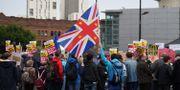 Demonstranter i Manchester.  OLI SCARFF / AFP