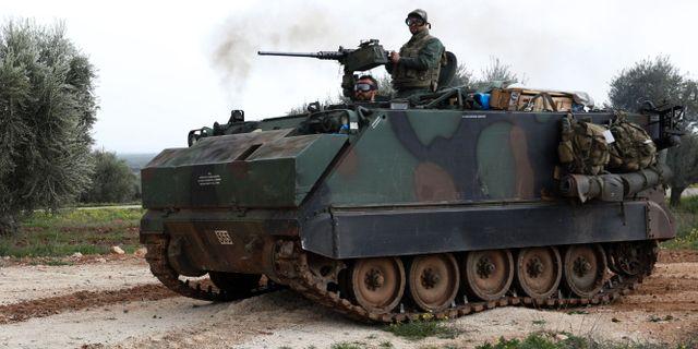 Turkisk militär kring Afrin. Arkivbild. OMAR HAJ KADOUR / AFP