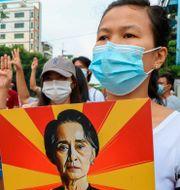 Bild från protesterna i Myanmar. TT NYHETSBYRÅN