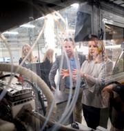 Arkivbild. Centerpartiets ledare Annie Lööf besöker Powercell under 2018. Björn Larsson Rosvall/TT / TT NYHETSBYRÅN