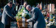 Begravning i Frankrike.  SEBASTIEN BOZON / TT NYHETSBYRÅN