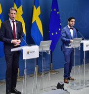 Bostadsminister Per Bolund och socialförsäkringsminister Ardalan Shekarabi.  Jonas Ekströmer/TT / TT NYHETSBYRÅN