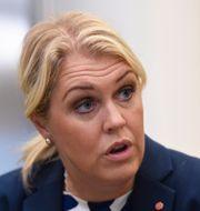 Socialminister Lena Hallengren Henrik Montgomery/TT / TT NYHETSBYRÅN