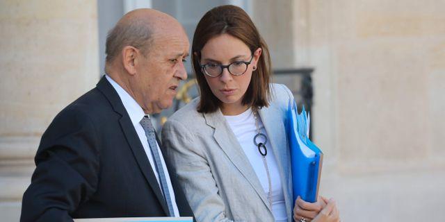 Jean-Yves Le Drian och Amelie de Montchalin LUDOVIC MARIN / AFP