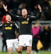 AIK:s Sebastian Larsson och Daniel Sundgren. Arkivbild. Christine Olsson/TT / TT NYHETSBYRÅN