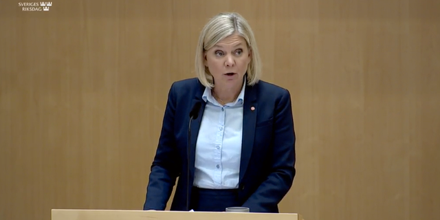 Finansminister Magdalena Andersson.  Riksdagens tv-sändning