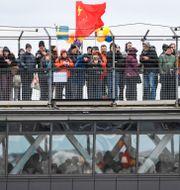 Bron anländer till Slussen. TT
