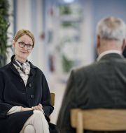 UppdraggranskningsRichard Aschberg intervjuar Tillväxtverkets generaldirektör Gunilla Nordlöf. SVT