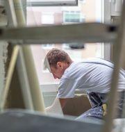 Med Servicefinder kan du enkelt komma i kontakt med duktiga hantverkare i ditt område. COLOURBOX