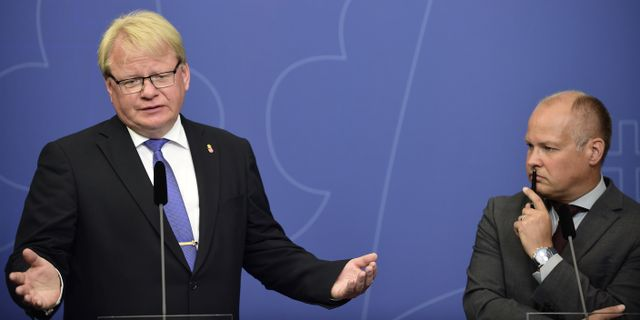 Hultqvist och Johansson.  Hossein Salmazadeh/TT / TT NYHETSBYRÅN