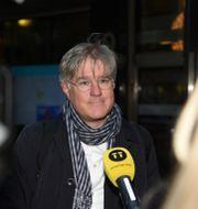 Arkivbild: Martin Wästfelt, PTK:s förhandlingschef anländer till Näringslivets hus under förhandlingarna i veckan.  MARKO SÄÄVÄLÄ/TT / TT NYHETSBYRÅN