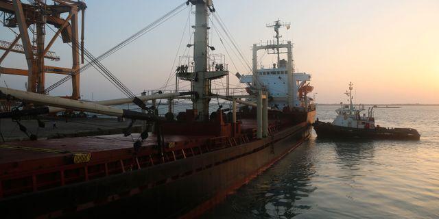 Skeppet som lagt till i Hodeidah. ABDO HYDER / AFP