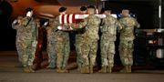 Runt 2400 amerikanska soldater har dött i Afghanistan. Patrick Semansky / TT NYHETSBYRÅN