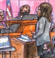 Arkivbild: En teckning från Epic-rättegången i somras, där bland annat Apples vd Tim Cook vittnade.  Vicki Behringer / TT NYHETSBYRÅN