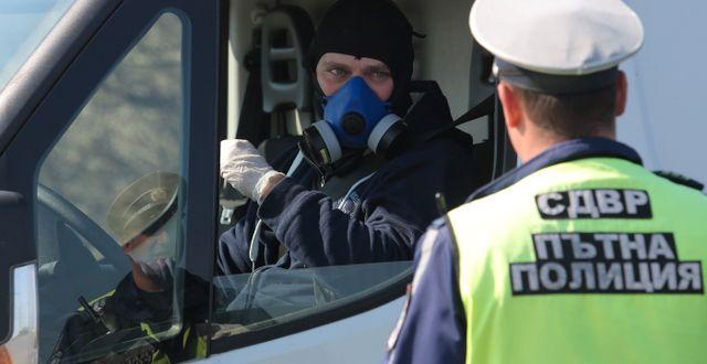 En poliskontroll i huvudstaden Sofia i Bulgarien. DIMITAR KYOSEMARLIEV / TT NYHETSBYRÅN