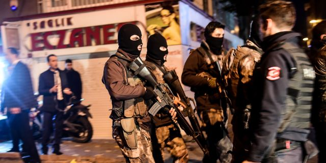 Tre gripna for inblandning i bombdadet i istanbul