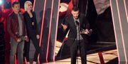 Justin Timberlake tar emot sitt pris på iHeartRadio Music Awards.  Chris Pizzello / TT / NTB Scanpix