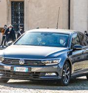 Giuseppe Conte anländer till presidentpalatset. Cecilia Fabiano / TT NYHETSBYRÅN