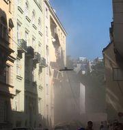Flera personer har skadats när en byggnad kollapsat i Wien.   TT NYHETSBYRÅN