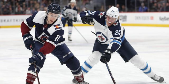Matchen mellan Colorado och Winnipeg. MATTHEW STOCKMAN / GETTY IMAGES NORTH AMERICA