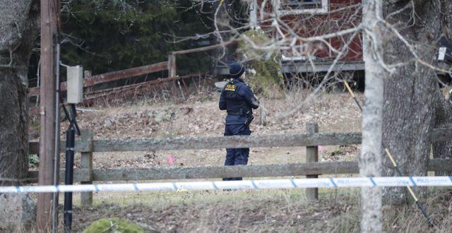 Två personer har hittats döda i en villa i Vallentuna utanför Stockholm, 16 januari.  Christine Olsson/TT / TT NYHETSBYRÅN