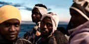 Migranter ombord på Aquarius.  HANDOUT / TT NYHETSBYRÅN
