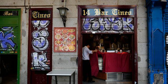 Bar i Madrid.  Manu Fernandez / TT NYHETSBYRÅN