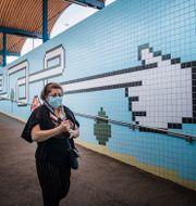 Kvinna vid Thorildplans tunnelbanestation/Arkivbild.  Stina Stjernkvist/TT / TT NYHETSBYRÅN