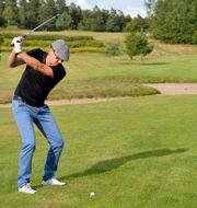 Jimmie Åkesson spelar golf/Arkivbild. HENRIK MONTGOMERY / TT / TT NYHETSBYRÅN