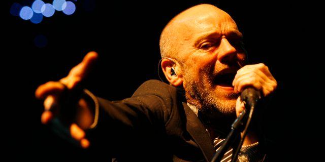 Michael Stipe sjunger STEFFEN SCHMIDT / TT NYHETSBYRÅN
