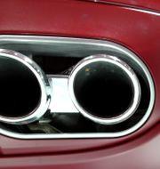 Illustrationsbild: Avgasröret till en Porsche Cayenne, 2007.  MICHAEL PROBST / TT NYHETSBYRÅN