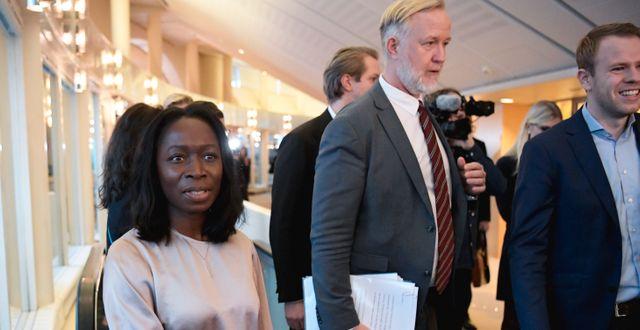 Partiledare Nyamko Sabuni och Johan Pehrson. Janerik Henriksson/TT / TT NYHETSBYRÅN