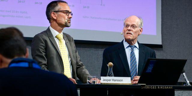 Stefan Ingves, till höger.  Magnus Andersson/TT / TT NYHETSBYRÅN