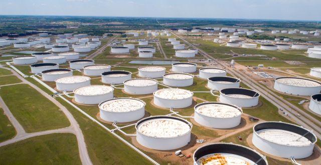Cushing, Oklahoma har hamnat i blickfånget när lagringsbristen blivit akut. Här lagras WTI-olja.  Dronebase Dronebase / TT NYHETSBYRÅN