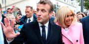 Frankrikes president Emmanuel Macron och hans fru. Bob Edme / TT NYHETSBYRÅN/ NTB Scanpix