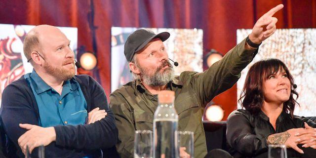 Felix Herngren, i mitten.  Maja Suslin/TT / TT NYHETSBYRÅN