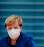 Angela Merkel vid regeringens möte förra veckan.  Markus Schreiber / TT NYHETSBYRÅN
