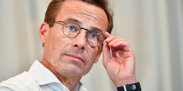 Svenska folket vill ha jobb fore skattesankningar