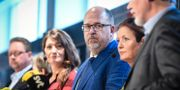 Susanna Gideonsson, för närvarande ordförande i Handels och LO:s avgående ordförande Karl-Petter Thorwaldsson.  Fredrik Sandberg/TT / TT NYHETSBYRÅN