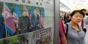 Tidningssida om mötet mellan Trump och Kim i juni förra året uppsatt i tunnelbanan i Nordkorea. Minoru Iwasaki / TT NYHETSBYRÅN/ NTB Scanpix