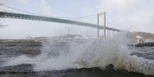 Storm vid Älvsborgsbron i Göteborg. Arkivbild. Adam Ihse/TT / TT NYHETSBYRÅN
