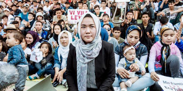 Fatemeh Khavari som är talesperson för nätverket Ung i Sverige vid en demonstration i Stockholm i augusti. Lars Pehrson/SvD/TT / TT NYHETSBYRÅN